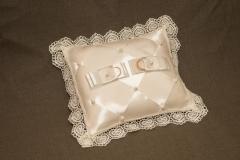 Винтажная подушечка для свадебных колец